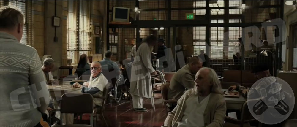 2013 - THOR THE DARK WORLD (Cameo Stan Lee)